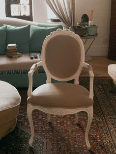 Showroom, Dining Chairs, Ivory, Model, Furniture, Shopping, Design, Home Decor, Romantic