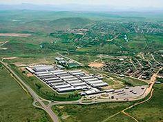 GRANDES CONSTRUÇÕES- A XCMG – Xuzhou Construction Machinery Group, presente na M&T Peças e Serviços, inaugurou no dia 6 de junho a sua primeira fábrica, fora da China. Localizada em Pouso Alegre, na região Sul de Minas, a unidade recebeu investimentos de R$ 500 milhões e representa um importante marco da estratégia da empresa de conquistar o mercado brasileiro e sul-americano. ENGEFROM ENGENHARIA - www.engefrom.eng.br