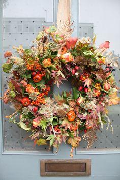 Autumnal foliage door wreath.