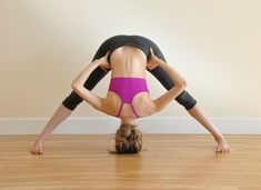 Looking for yoga poses for PCOS treatment? Here are 14 best yoga poses for you to try. Personal Fitness, Personal Trainer, Yoga Fitness, Fitness Tips, Yoga For Stress Relief, Basic Yoga, Yoga Positions, Cool Yoga Poses, Yoga Teacher Training