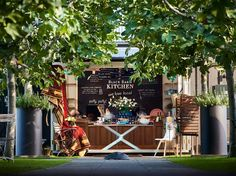 Black Barn Vineyards is a small exclusive vineyard in Hawkes Bay New Zealand. It specialises in high quality estate grown wines, luxury accommodation, lunches, concerts and small functions all on a spectacular vineyard site with superb views. Great Places, Places To Visit, Bay News, Barn Kitchen, Black Barn, Luxury Accommodation, Cafe Restaurant, Culture Travel, New Zealand