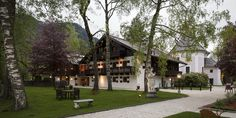 Style At Home, Zell Am See, To Go, Mansions, House Styles, Home Decor, Decoration Home, Manor Houses, Room Decor