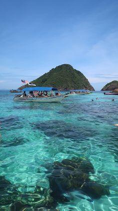 O paraíso azul das ilhas Perhentian, Malásia | Viaje Comigo Bangkok, Laos, Disneyland, Vietnam, Cameron Highlands, Kuala Lumpur, The Good Place, Around The Worlds, Amazing Places