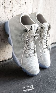 Jordan Horizon - A 'light bone' colored woven upper and a  white and ice Jordan XIII sole; you can't go wrong with this clean colorway of the Jordan Horizon Low.