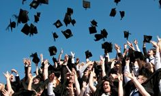 US Money Graduation college wages