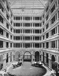 Palace Hotel's Grant Court prior to the fire that destroyed the hotel in 1906