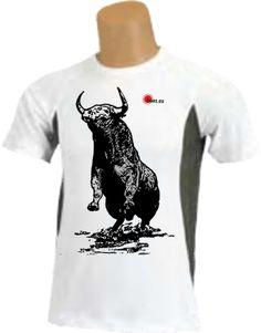 Camiseta - Dibujo de toro embravecido