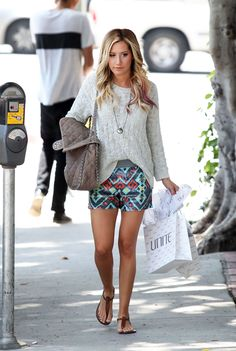 Ashley Tisdale wearing Chanel Chain Around Maxi in Taupe Vanessa Mooney Keepsake Bottle Necklace Sam Edelman Gigi Sandal Free People Sequin Board Shorts Free People Beach Cable Pullover Ashley Tisdale, Vanity Fair, Zack E Cody, Summer Outfits, Cute Outfits, Moda Chic, Rachel Bilson, Vogue, Girly