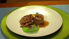 Moja mama - recepty - Sviečkovica Rossini Foie Gras, Steak, Beef, Food, Meat, Essen, Steaks, Meals, Yemek