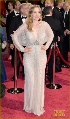 Julie Delpy at the 2014 Academy Awards held at the Dolby Theatre on Sunday (March 2) in Hollywood. Julie is wearing a Jenny Packham dress, Chopard jewels, and Jimmy Choo shoes.