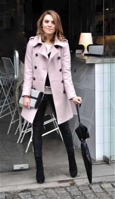 Wear black wet-look leggings and boots, with matching coat and manicure Trench Coat Outfit, Pink Trench Coat, Coats For Women, Jackets For Women, Clothes For Women, Lavender Outfit, Pink Peacoat, Look Chic, Autumn Winter Fashion