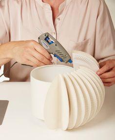 Designerleuchte aus Papptellern @creadoo! Lifestyle, Dekoration, Basteln und mehr...