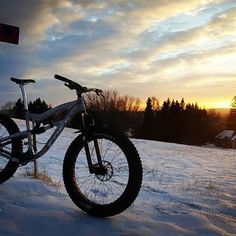 Finishing up the day at KT. #foesmutz #foesracing #fatbikecity #likinbikin #45nrth #fatbike