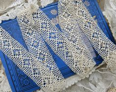 Antique Heirloom Crochet Lace Yardage, Super Fine Threadwork ... Spiderweb diamond motif ...1920s vintage handmade lace trim  - LY141104