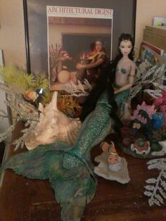 This is how i imagine Winona Ryder as a mermaid Winona Forever, Winona Ryder, Mermaid, Painting, Art, Art Background, Painting Art, Kunst, Paintings