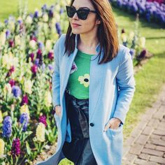 Florals, for spring? Groundbreaking. #keukenhof #travel #ootd