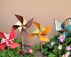 Cómo hacer molinillos de papel de colores