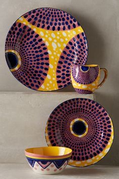 Using Art and Crafts in African Decor African Interior, African Home Decor, African Furniture, Boho Home, African Design, Pottery Painting, Home And Deco, African Fabric, Home Accessories