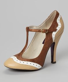 Nude Butterfield Leather T-Strap Pump