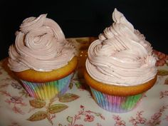 Blondie cupcakes with raspberry buttercream i made