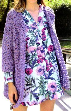 saco largo estilo folk tejido en crochet Suelto y simple en hilado fantasía y re fácil de tejer.