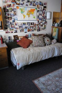 Sweet Parrish Place: College Dorm Room/Apartment Inspiration and Organization