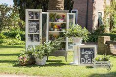 Welcome decoration // Decoración sector de entrada  Vintage Wedding  Veinte Producciones: www.veinteproducciones.com.ar