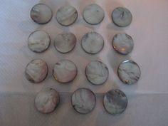 15 Stück Perlmutt-Knöpfe mit Öse,Silbergrau,Durchmesser ca.30 mm,Neu,Naturprodukt,Lübecker Knopfmanufaktur von Knopfshop auf Etsy