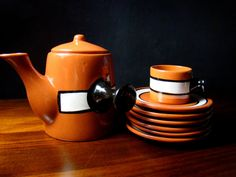 Hey, I found this really awesome Etsy listing at https://www.etsy.com/listing/179666377/vintage-ceramic-teapot-and-five-cups-and