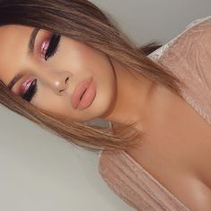 Eyes: @inglot_usa pigment '86' @makeupaddictioncosmetics palette 'Flaming love' @lashesbylena  Lips: @liplandcosmetics matte lipstick 'Rezy'