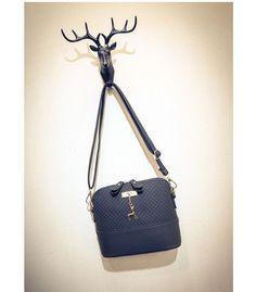 695a0f8bbb Loshaka Women Messenger Bags Fashion Mini Bag With Deer Appliques Shell  Shape Bag PU Leather Female