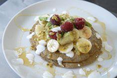 Recept: Bananenmeel amandelmelk pannenkoeken Pancakes, Drinks, Breakfast, Blog, Recipes, Drinking, Morning Coffee, Beverages, Pancake