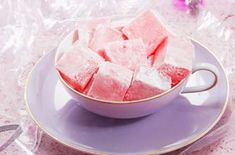 Looking for a rose Turkish Delight recipe? Delicately flavoured with rosewater, these homemade Turkish delights look gorgeous and taste wonderful Rose Turkish Delight Recipe, Homemade Turkish Delight, Fudge Recipes, Dessert Recipes, Uk Recipes, Vegan Recipes, Snack Recipes, Easy Canapes, Canapes Recipes