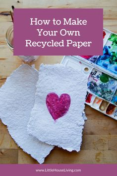 Are you looking for a unique craft that you can do with materials you already have on hand? This DIY Homemade Paper Tutorial is perfect! Easy Crafts For Kids, Fun Crafts, Paper Crafts, Amazing Crafts, Simple Crafts, Do It Yourself Projects, Cool Diy Projects, Make It Yourself, Art Projects