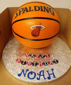 Basket Ball Birthday Cake, via Flickr.