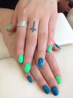 Blue & Green Nails