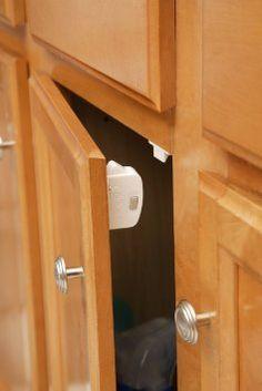 6cc45c3fd1043 Amazon.com   Safety 1st Magnetic Cabinet Locks