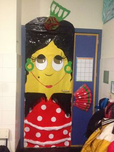 Seré bailaora de flamenco como la puerta de 4 años A?? Murcia, Ideas Para, October, Doors, Environment, Classroom Door, February, Adventure, Gate