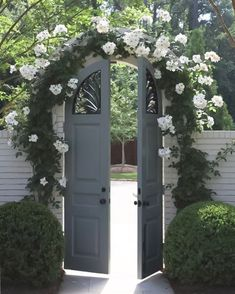 Much as the eyes are the window to the soul, a garden gates function as a window into your yard. While a gate technically acts Wooden Garden Gate, Wooden Gates, Garden Doors, Garden Fencing, Patio Landscaping Ideas On A Budget, Backyard Landscaping, Pergola Ideas, Backyard Ideas, Patio Ideas