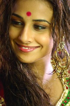 Vidya Balan - Bindi Fashion Accessories