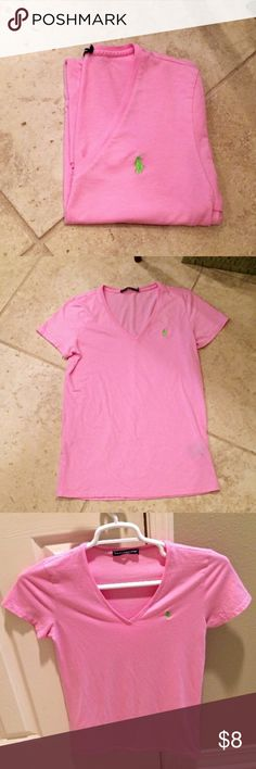 Polo Ralph Lauren Tee Pink Polo Ralph Sport v neck t shirt with green horse embroidered on breast. Great condition except for part of the tag being taken out, including the size. Shirt is a medium. Polo by Ralph Lauren Tops Tees - Short Sleeve