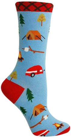 Let your feet take a vacation.  Light blue crew length socks with trees, campers, tents, campfires and s'mores.  Fits women's shoe size 4-10.