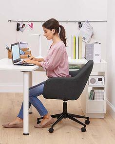 Jak urządzić pokój ucznia lub domowe biuro?…