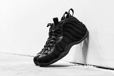 """Image of A Closer Look at the Nike Air Foamposite One """"Triple Black"""""""