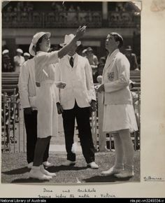 Dean and Archdale (women's cricket team captains, Victoria and England) tossing before the match in Melbourne, 1934