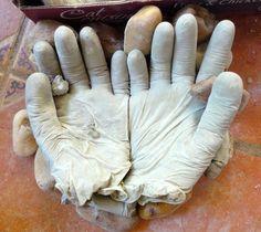 diy concrete hand planters 9