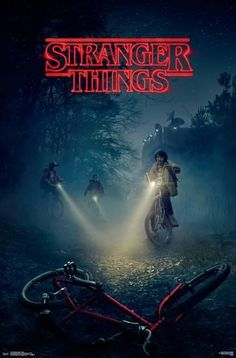 'Stranger Things' trailer and key art: See Winona Ryder in new Netflix supernatural drama. Watch the video! Stranger Things Netflix, Stranger Things Saison 1, Poster Stranger Things, Stranger Things Tv Series, Stranger Things Funny, Winona Ryder, Serie Nova Netflix, Netflix Series, Tv Series To Watch