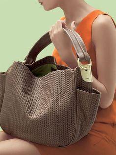 Cute Handbags, Beautiful Handbags, Beautiful Bags, Purses And Handbags, Leather Handbags, Leather Bag, Hobo Purses, Cute Bags, Handbag Accessories