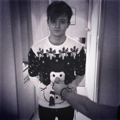 Connor in his Christmas jumper!<3