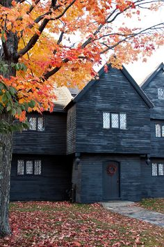 "octoberyet: "" Salem, MA: ""The Witch House"" ""   I want this house!"